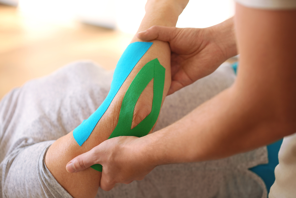 physical-therpay-taping-technique